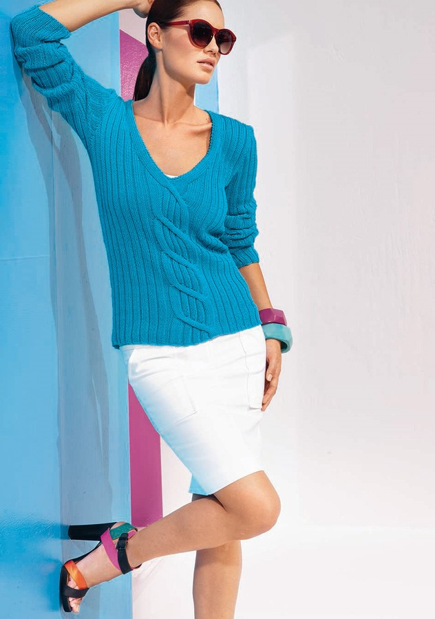 Lana Grossa V-Neck Sweater CLASSICO