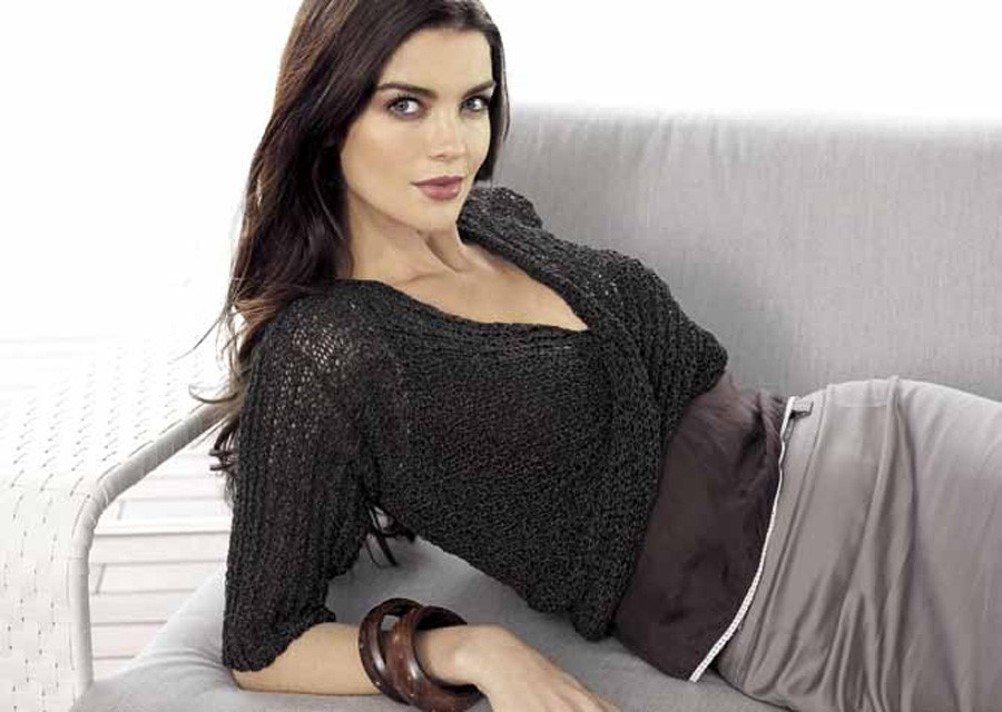 Lana Grossa Twisted Front Sweater DIVINO uni
