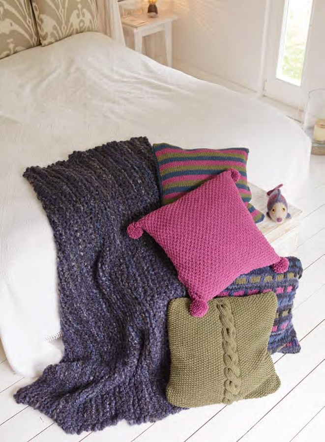 Lana Grossa Striped Pillow Cover MILLE II
