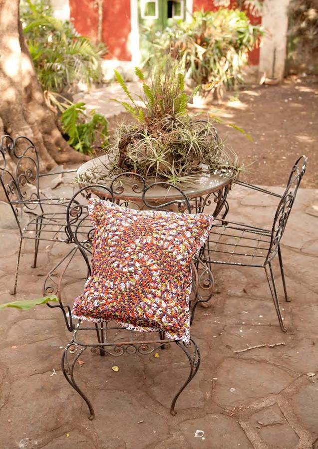 Lana Grossa Pillow Cover PARADISO