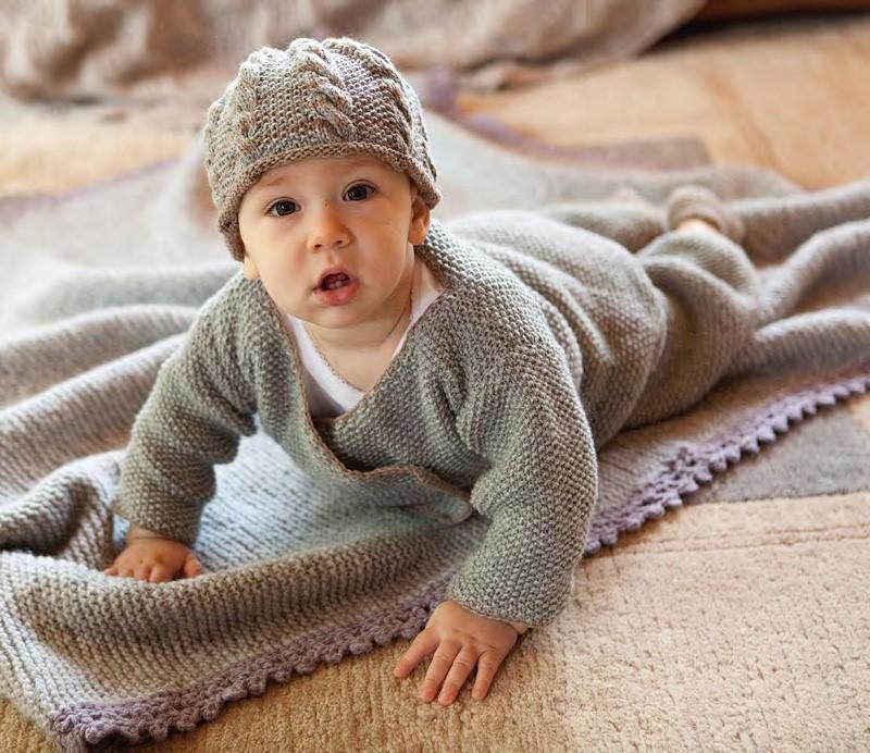 Lana Grossa Baby Hat SOLOCASHMERE 110