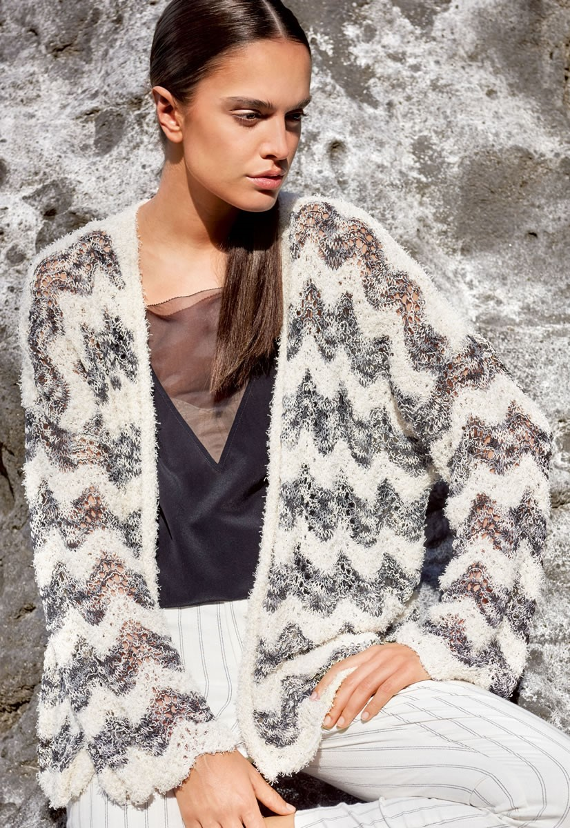 Lana Grossa JACKET IN TEXTURED WAVE PATTERN Gallina/Secondo Print
