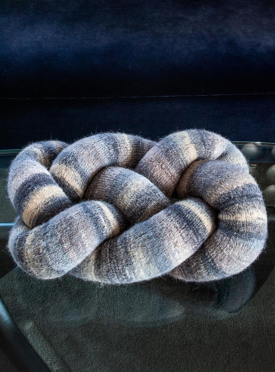 Lana Grossa Celtic Knot Pillow Tutti Filati Handstrick No 70 Home Knitting Instructions En Design 3b Filati Knitting Pattern Model Packages