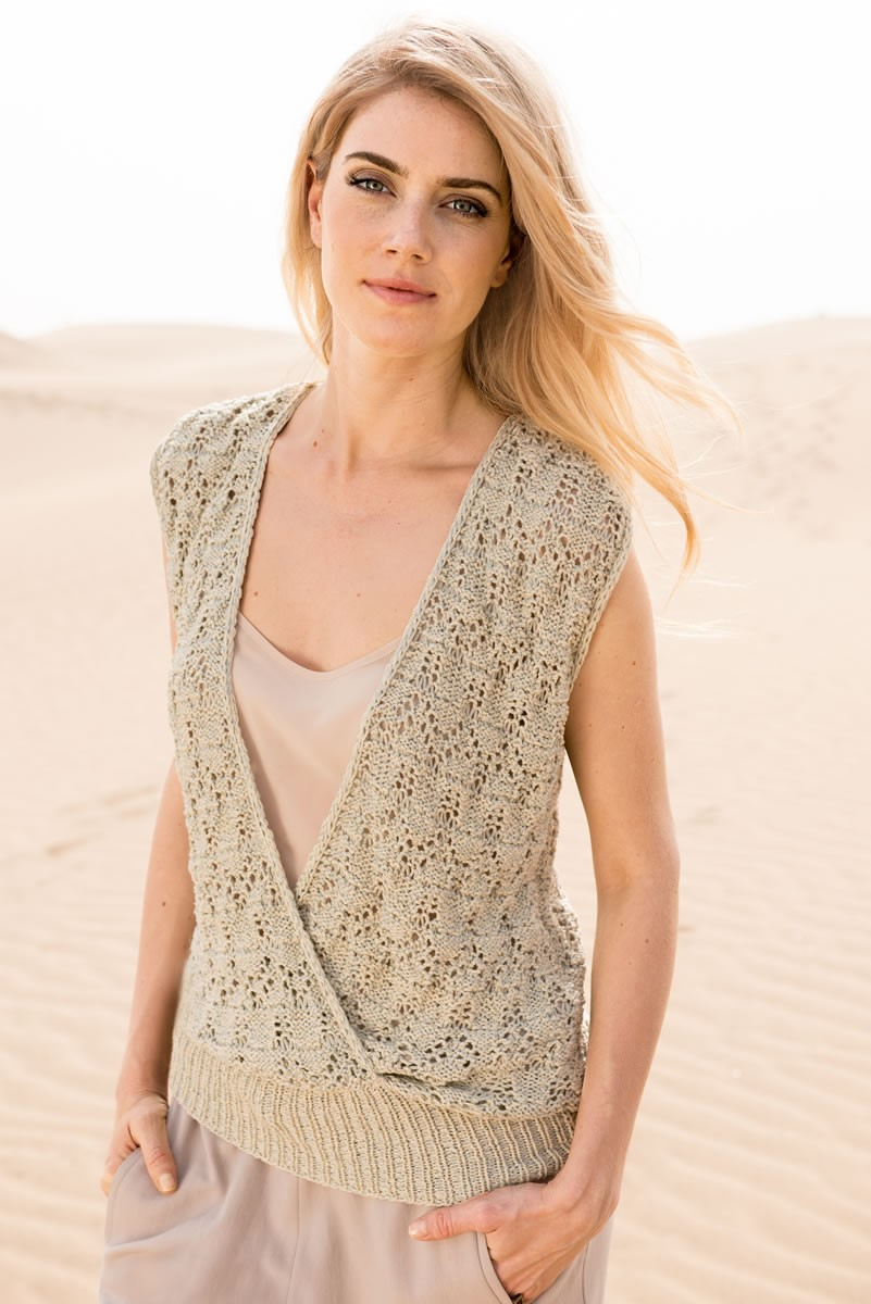 Lana Grossa TOP WITH OVERLAPPING FRONT IN LACE PATTERN Doppio