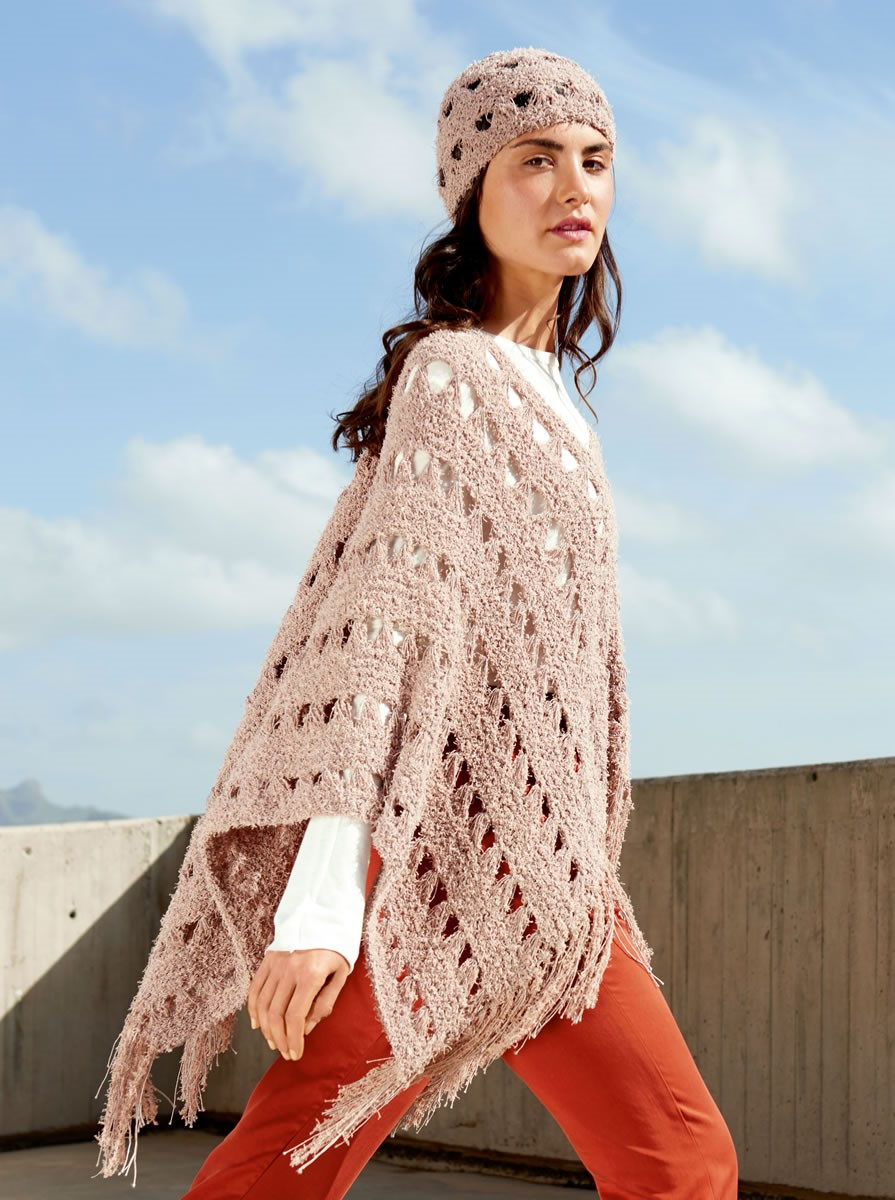 Lana Grossa PONCHO IN ELONGATED STITCH PATTERN Gallina/Secondo