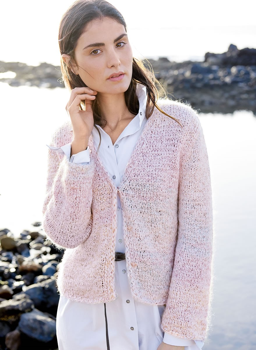 Lana Grossa V-NECK JACKET IN STOCKINETTE Lunare/Silkhair Print