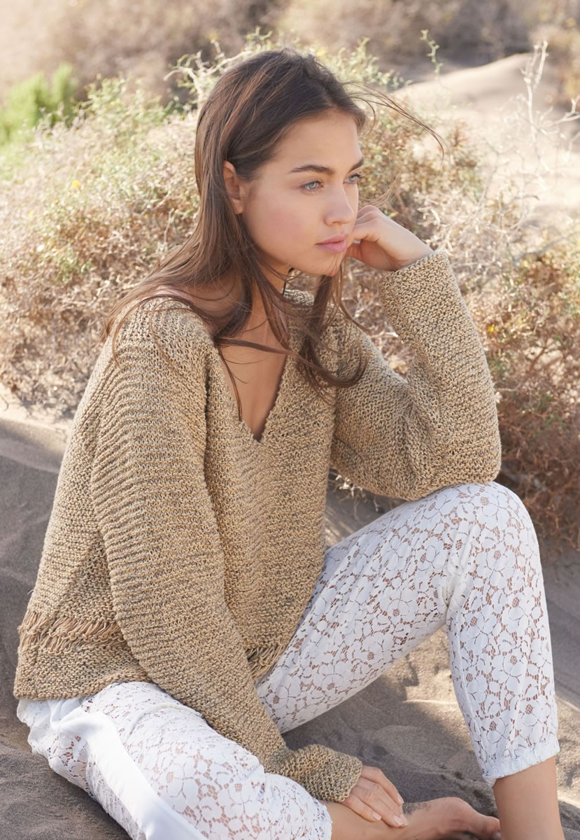 Lana Grossa GARTER STITCH PULLOVER WITH DROP STITCH DETAIL Portofino/Difuso