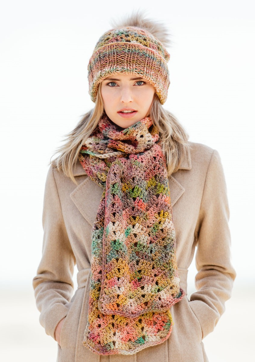 Lana Grossa CROCHETED SCARF Gomitolo 100