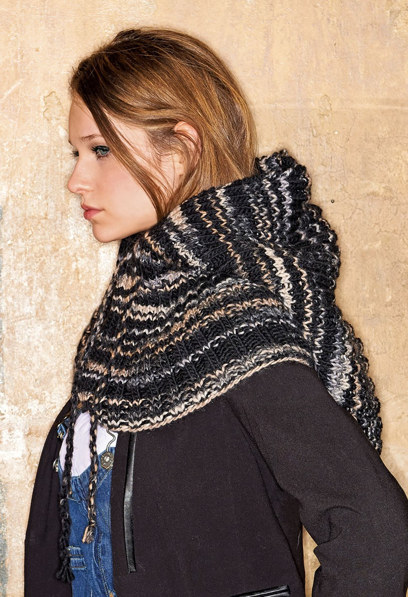 Lana Grossa SCARF WITH HOOD Amici Uno