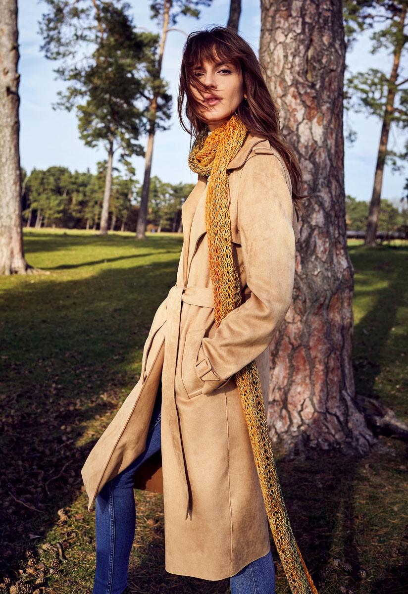 Lana Grossa SCARF IN EYELET PATTERN Shades of Alpaca Silk